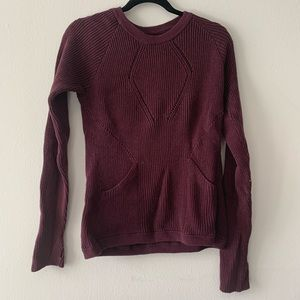 Lululemon red sweater size 10